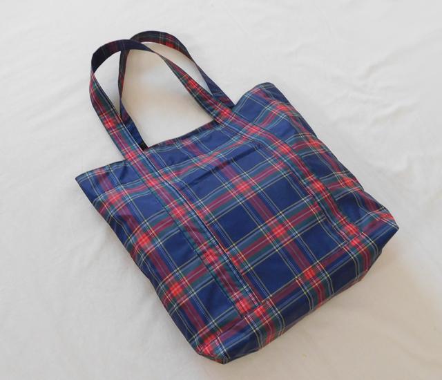 ナイロン素材のバッグ
