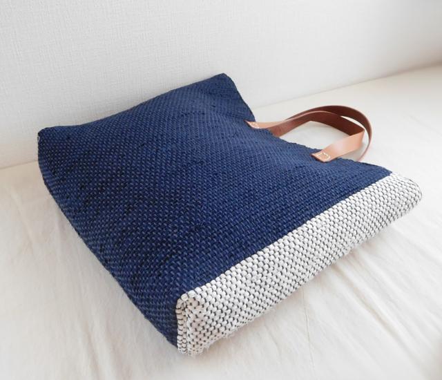 裂き織りバッグ ネイビー